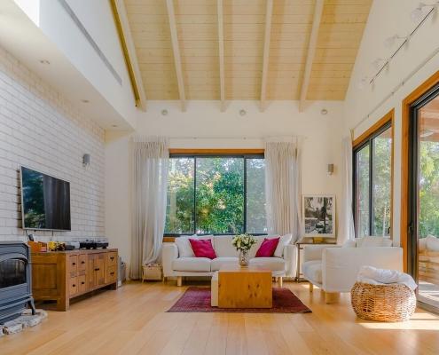 בית פדן - דק בחדר מגורים